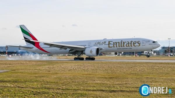 Emirates před Velikonocemi navýší počet letů na Maledivy a Seychely