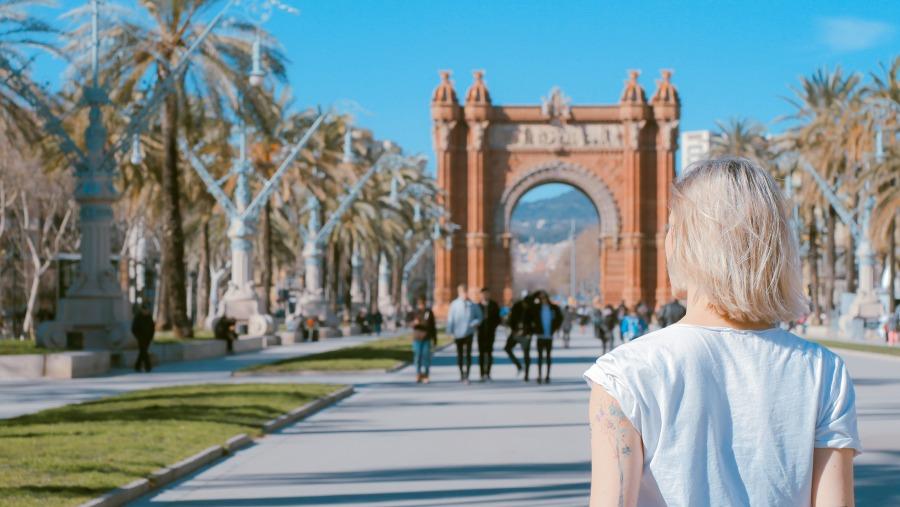 Španělsko: Zpáteční letenky z Prahy do Barcelony 991 Kč
