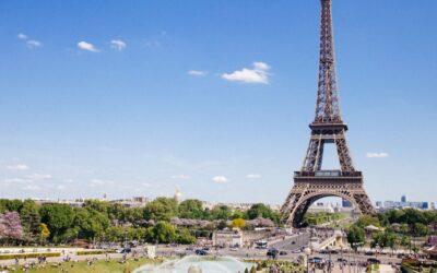 Francie: Zpáteční letenky z Prahy do Paříže 618 Kč