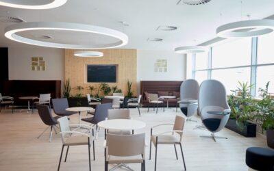 Letiště Praha otevírá nový salonek FastTrack Lounge
