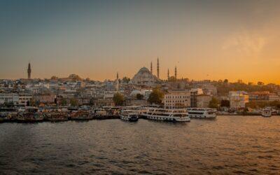Turecko: Zpáteční letenky z Prahy do Istanbulu 1.601 Kč