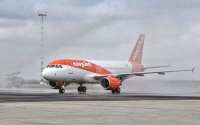 easyJet dnes zahájil lety z Prahy do Barcelony